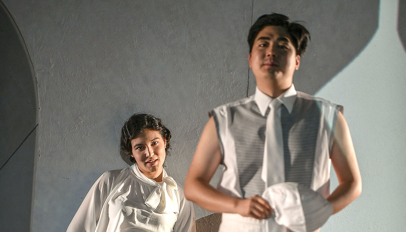 Mariko Lepage als Sa femme, Seunghun Han als Son ami, Foto: Sebastian Hoppe