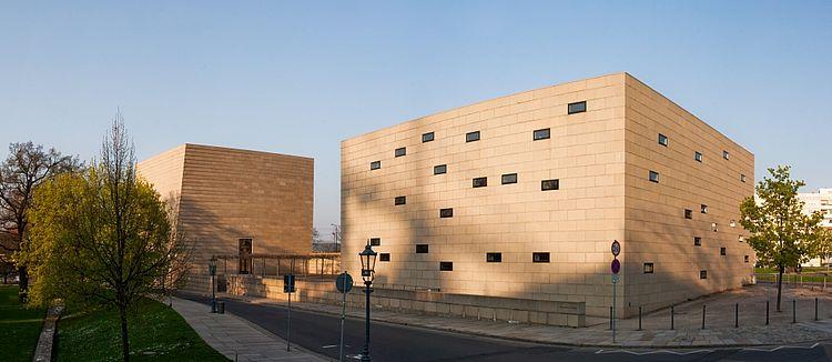 Synagoge Dresden / Fotograf: Maros Mraz