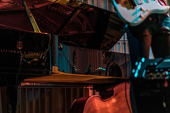 Bühnencollage/Foto: Marcus Lieder