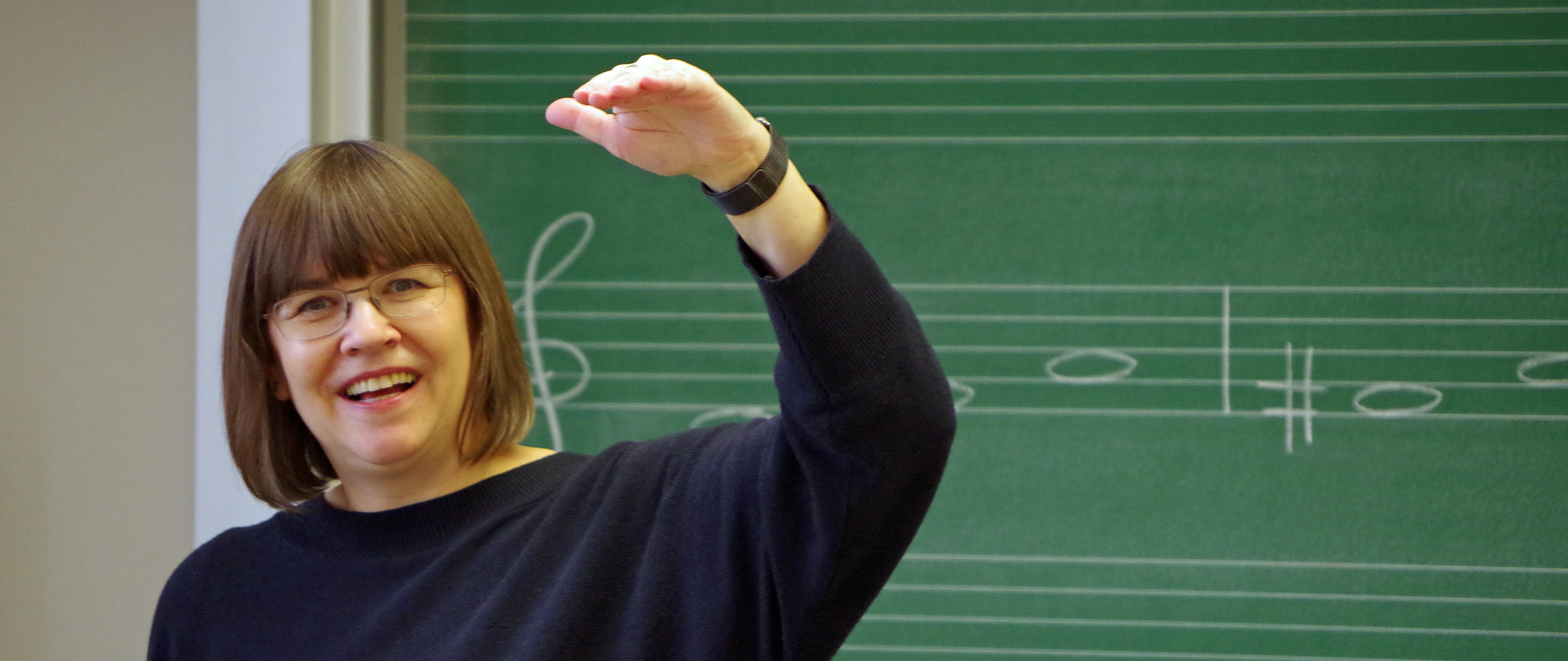 Lehrerin im Unterricht/Dresdner Kreuzchor